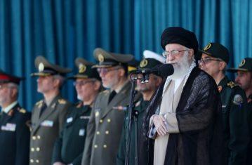دشمن بداند که زورگویی و قلدرمآبی هرجای دیگر جواب بدهد در ایران جواب نخواهد داد